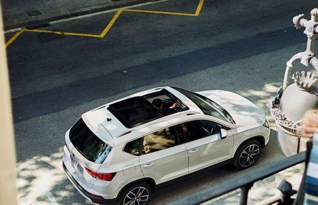 Seat Ateca blanco detalle exterior techo solar